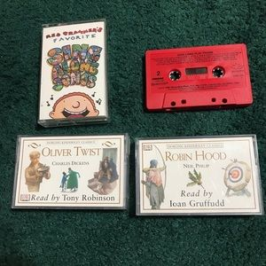Bundle of 4 cassette tapes for kids